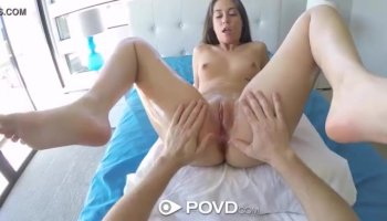 Darling uses her mouth to tame a lusty weenie